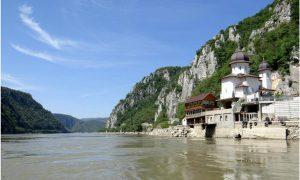 mănăstirea mraconia cazanele dunării